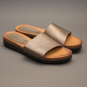 """7 For All Mankind """"Pearl"""" Bronze Slides"""